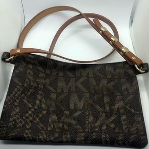 Michael Kors Bags - Michael Kors Belt pouch - never worn!